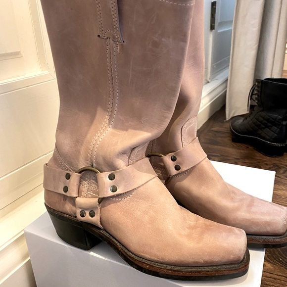Frye boots size 7/7.5